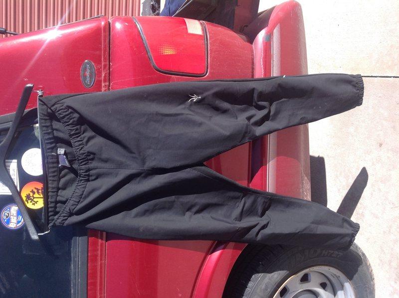 W's Breakaway Ibex Merino Running Softshells Size L.  MSRP $220.  $75.00 OBO.