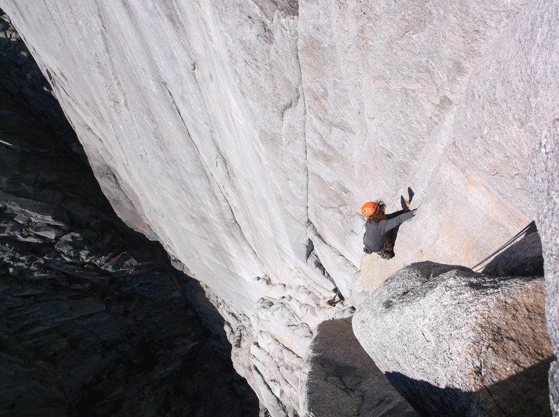 Rock Climbing Photo: Rodolfo leading pitch 4