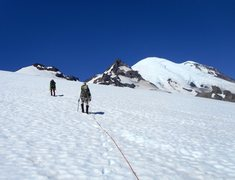 Rock Climbing Photo: Crossing the Frying Pan Glacier enroute to Little ...