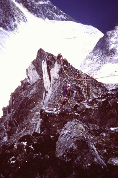 Rock Climbing Photo: [photo#3] Along the ridge, probably before summit ...