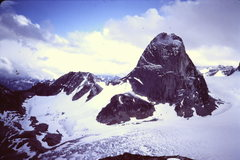 Rock Climbing Photo: Bugaboo Spire from the north, East Ridge in profil...