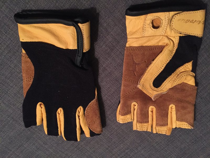 Rock Climbing Photo: metolius grip gloves 3/4 L
