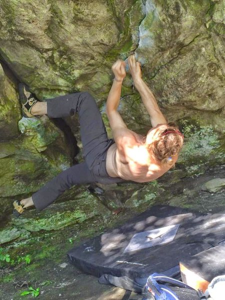 Rock Climbing Photo: Nice heel toe to start