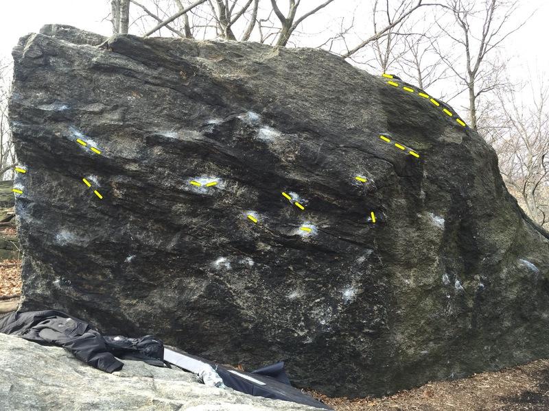 Rock Climbing Photo: Start turned around the corner of the arete on the...