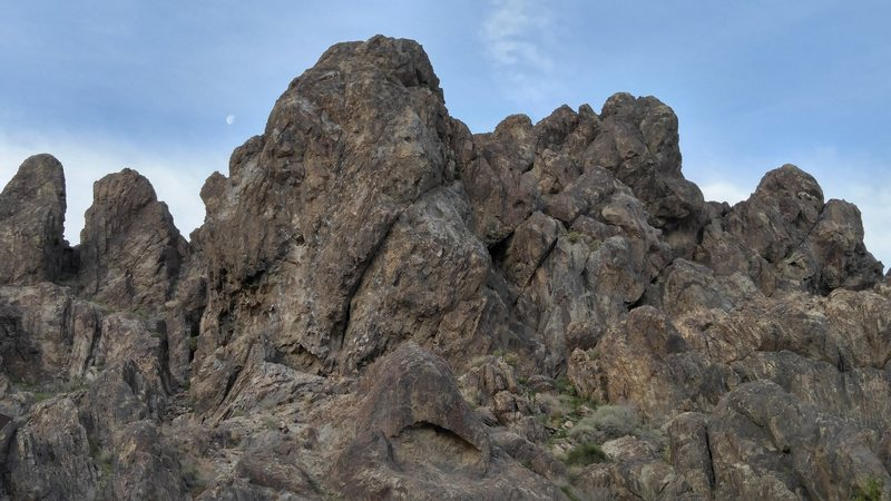 Rock Climbing Photo: Crossfire Crag - as seen from camp #9