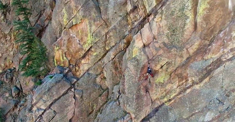 Rock Climbing Photo: Linking the first 3 pitches of the Bastille Crack