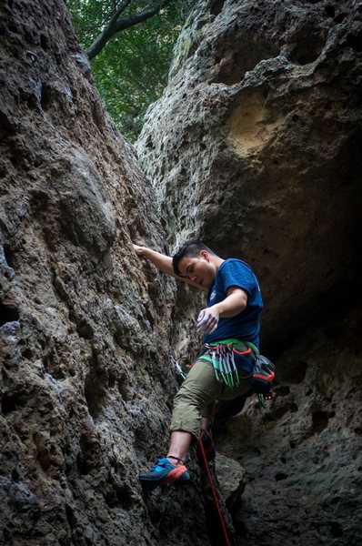 Great routes, warm ups for before the Power Wall. Didn't see any spiders this past weekend TG.<br> <br> Photo cred: Jeremy