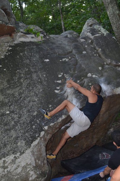 Mario Morante flashing Rib Cage V2 back in 2013 during his 1st outdoor trip.