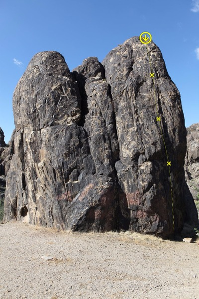 Rock Climbing Photo: La Fissura - Up the fissure past three bolts to th...