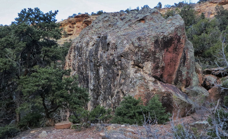 Rock Climbing Photo: Holiday's west and south faces.