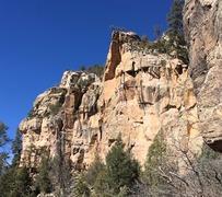 Rock Climbing Photo: 3AM Handy, 5.11b.