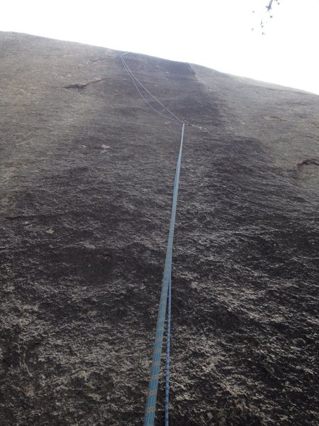 A rope on the route as seen from the start.