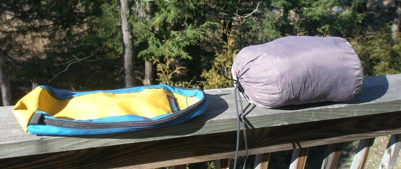 Rock Climbing Photo: Tent and Bag