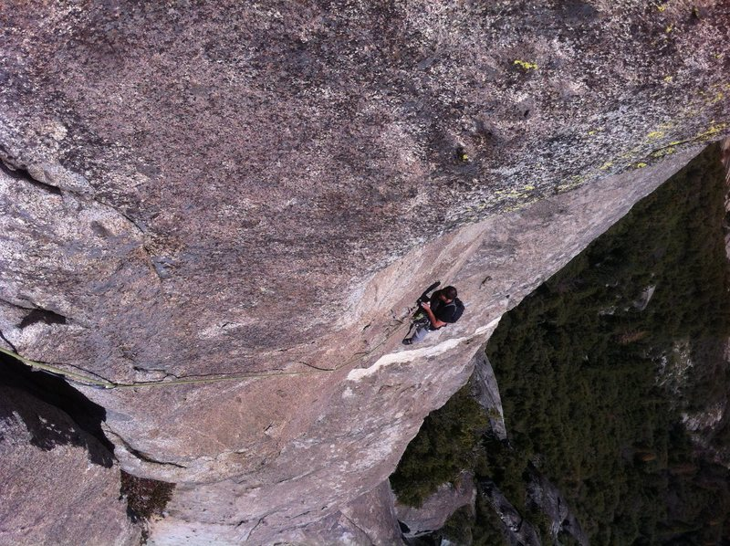 P4 following the traverse into the big crack