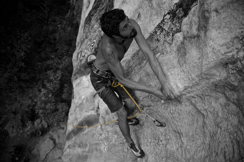 Kevin Resve on Special Forces (5.12d/5.13a), Thakhek, Laos