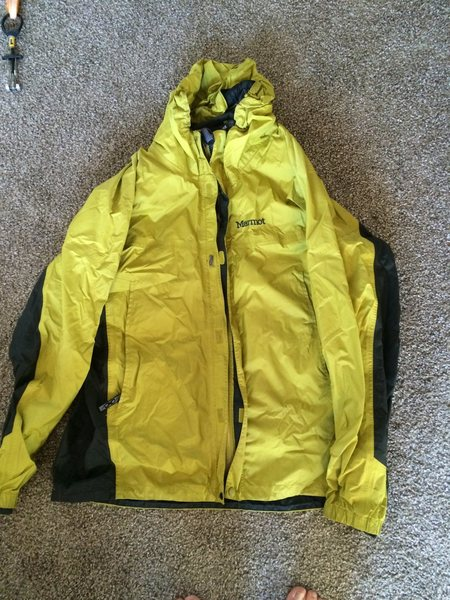 $10 Mens Marmot PreCip Jacket, Size L