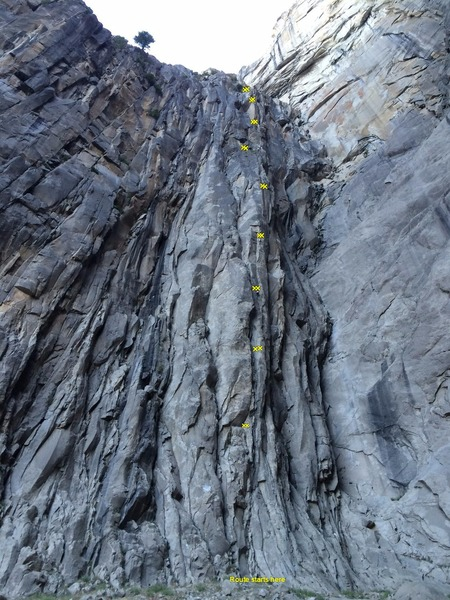 Rock Climbing Photo: Spaghetti Western Buttress