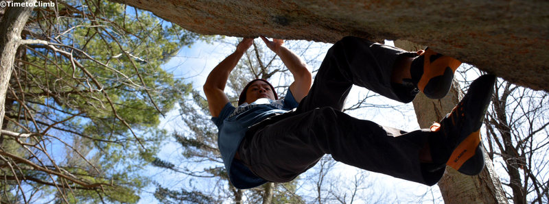 Rock Climbing Photo: Greg Ngo making his way up Tiger Style V7 in the P...