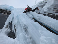 Rock Climbing Photo: P6 and 7 climb steep ice to the top.  Pick the lin...