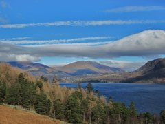 Rock Climbing Photo: View across Lake Derwentwater from the foot of Cat...