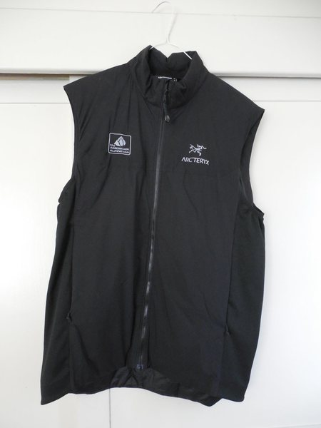 Rock Climbing Photo: Arc Teryx Atom LT Vest  Large, Black, new  $85.00