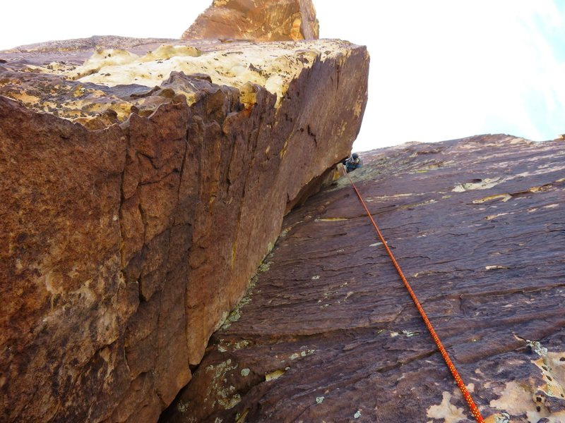 The last pitch (Pitch 8) of Ixtlan follows a couple easy corners.