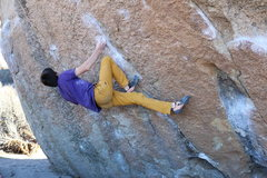 Rock Climbing Photo: Getting into the start of Twin Cracks