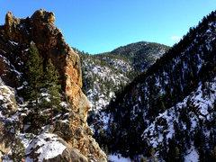 Rock Climbing Photo: J. Tarry on Golden Pagoda, 13a/b.