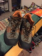 Scarpa Crux 44 like new!
