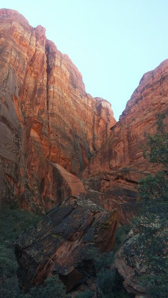 The climb starts up in the beggining of this canyon. It is the only route in this area