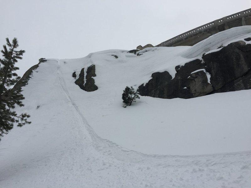 Snowboard descent.