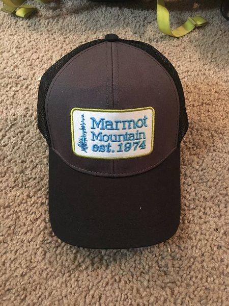 8b34f632f982b Marmot Retro Trucker hat