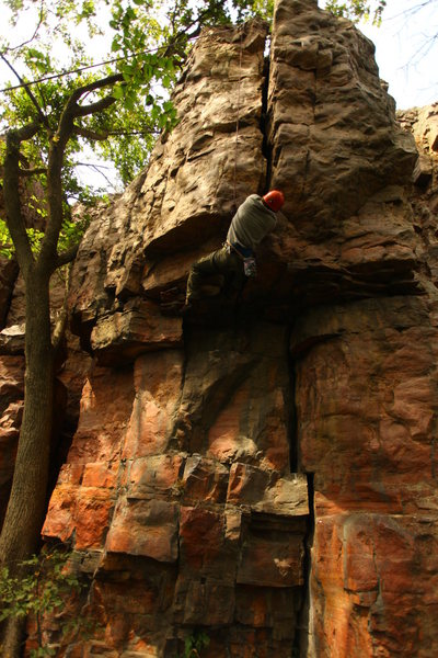 Rock Climbing Photo: A good look at the tough section of Oath of Fealty...