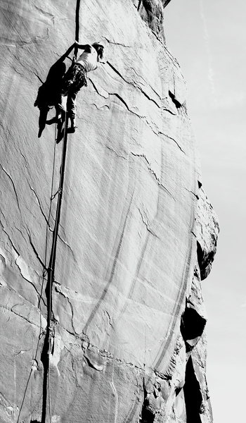 Rock Climbing Photo: Katy on The Splitter 5.10, 16Z Colorado