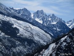 Rock Climbing Photo: View of the Stuart Range from Condor Buttress.