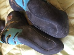 Futuras- small amount of delamming on inner left shoe.