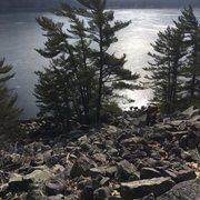 Rock Climbing Photo: Scrambling up the West Bluff talas field