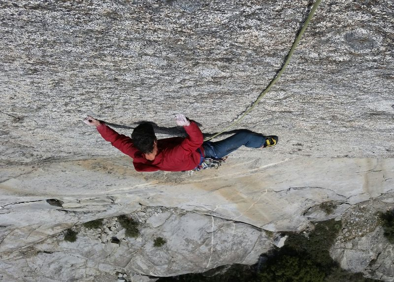 Brian pulling on sweet crimps on the easier alternative to P5