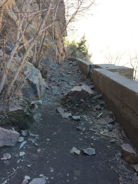 Rock Climbing Photo: Large boulder that fell in front of Walking with t...