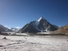 Rock Climbing Photo: Mt. Kullu Pumori (6553 m), taken from d Bara-Shigr...