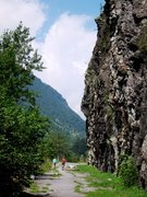 Rock Climbing Photo: Vho...belaying on the old highway
