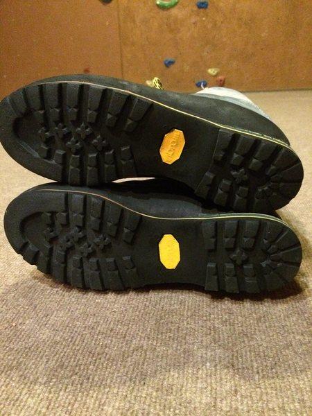 Trango soles