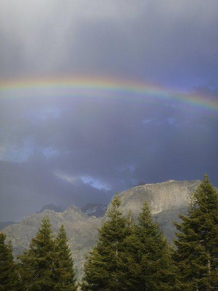 Hamilton Dome and Thor Pinnacle from the High Sierra Trail near Bearpaw Meadow