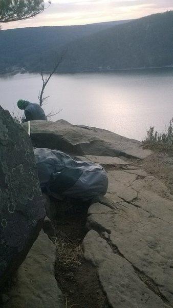 Rock Climbing Photo: Little boulder on top directly behind climb