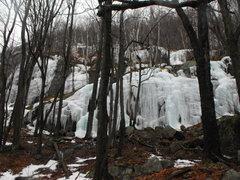 Rock Climbing Photo: Lots of small ice climbing spots .... lots of clim...