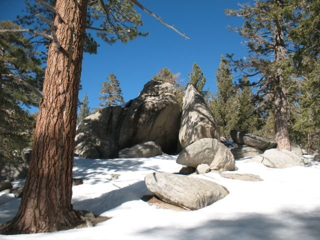 Rock Climbing Photo: Boulder Cluster in the winter, Tramway