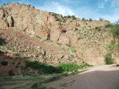 Rock Climbing Photo: Tall Green Wall.