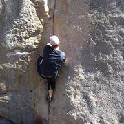 Rock Climbing Photo: V3-V4 Crack in Stone Fort