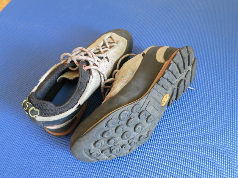 La Sportiva approach shoes 43.5 - good condition - $85