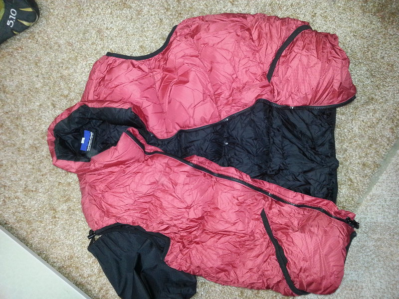 Feathered Friends Helios Jacket, Size Medium, Includes stuff sack.
